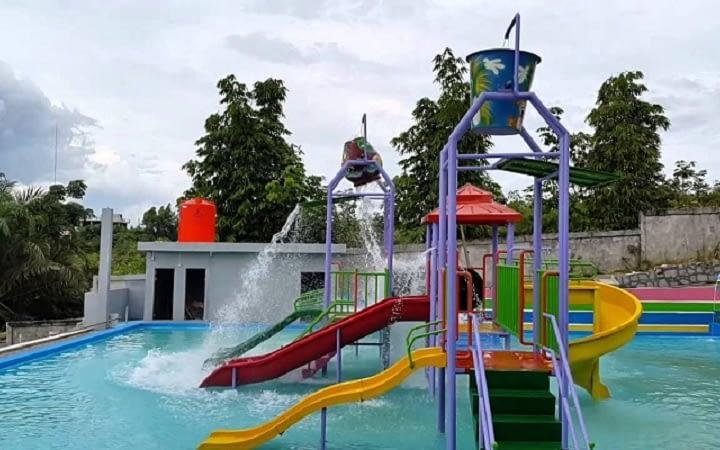 Produsen Waterboom dan Waterpark Fiber