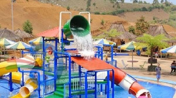 Kontraktor Produsen Ember Tumpah Waterpark Murah